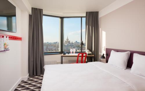AZIMUT Hotel Smolenskaya Moscow - image 6