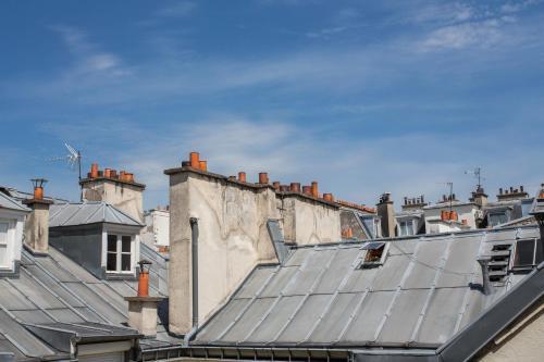 Luxury Apartment in Paris Center - Louvre Museum photo 19