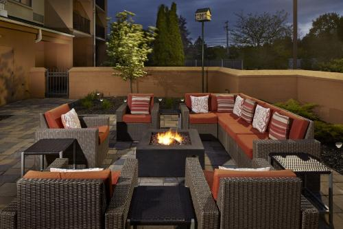 Photo - Courtyard by Marriott State College