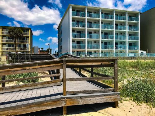 Southern Breeze Oceanfront Motel