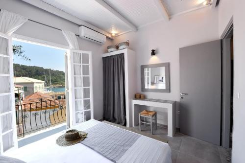 . Alia Luxury Apartment