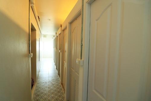 Krit Hostel photo 11