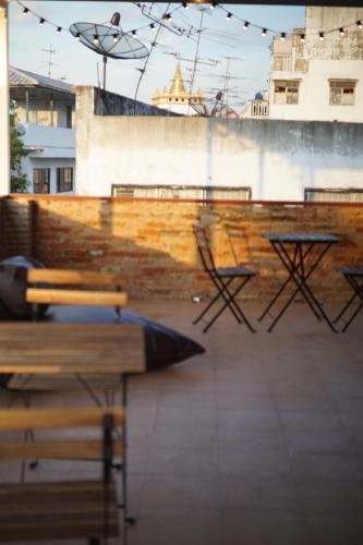 Krit Hostel photo 15