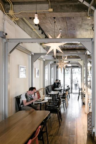 Good One Hostel & Cafe Bar photo 42