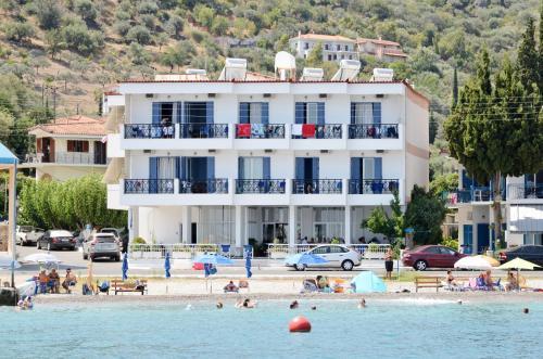 . Hotel Blue Sea