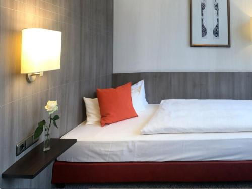 City Hotel Düsseldorf photo 9