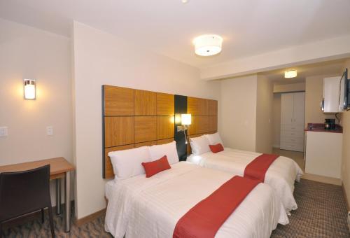 Hotel Five44