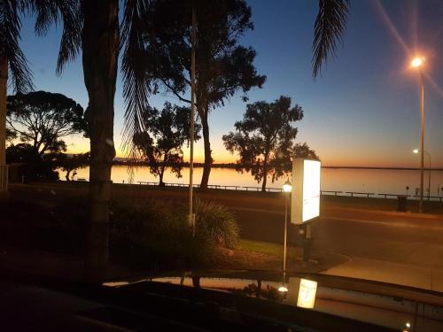 . Barmera Lake Resort Motel