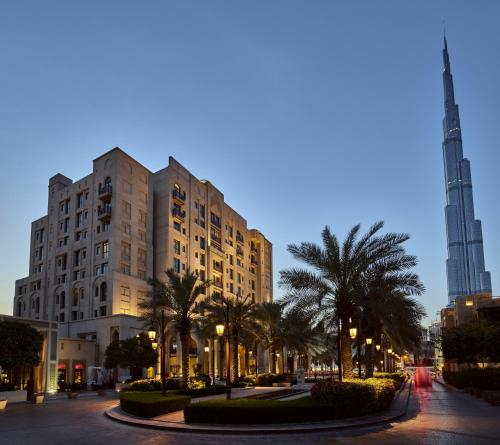 Burj Dubai Boulevard, The Old Town, Burj Dubai, United Arab Emirates.