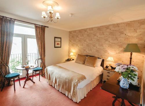 . O'Donovan's Hotel