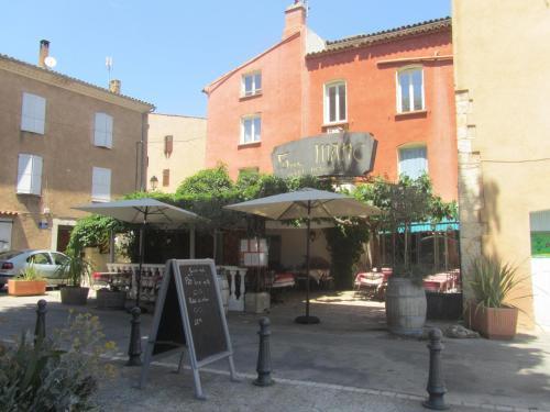. Hôtel Restaurant le Saint Marc