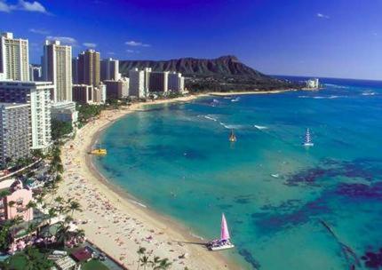 1700-1900 Ala Moana Hawaii Studio - Honolulu, HI 96815