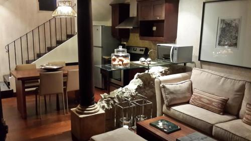 . New and Luxurious Apartment