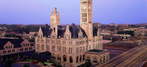 Union Station Hotel, Autograph Collection, A Marriott Luxury & Lifestyle Hotel
