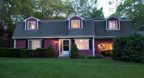 Cranberry Manor Bed And Breakfast Cape Cod