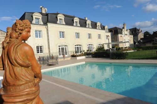 . Hotel Spa Le Relais Du Bellay