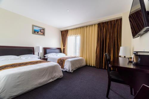 John Hotel - image 6