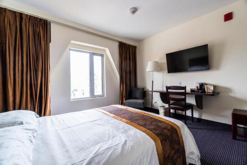 John Hotel - image 3