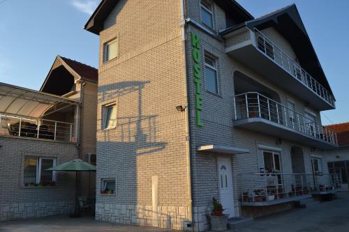 Hostel Bobi - Accommodation - Niš