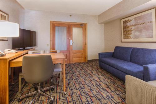 Embassy Suites Chicago - O'Hare Rosemont rom bilder