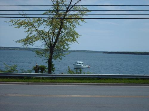 Dove House Bed & Breakfast Harbourside - North Sydney, NS B2A 1A6