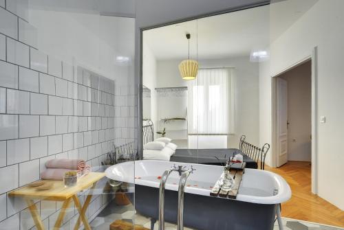 Apartments Forum - Pula