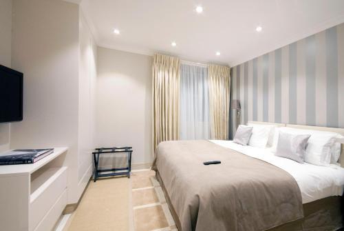 Claverley Court Apartment Knightsbridge photo 7