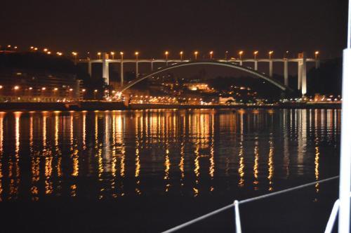 Noite a bordo c/PA em veleiro -rio Douro, 4400-554 Vila Nova de Gaia