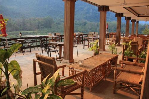 Фото отеля Ning Ning Guesthouse