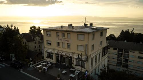 . Hôtel Evian Express - Terminus