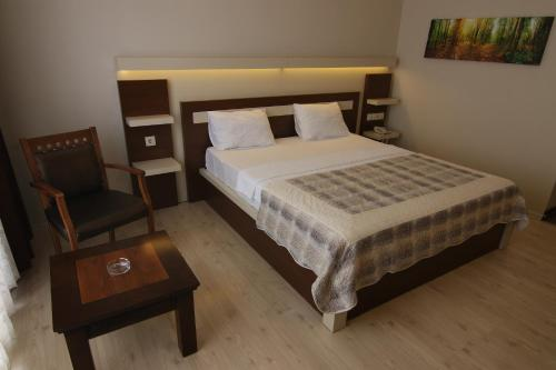 Royal Bilgic Hotel, Merkez