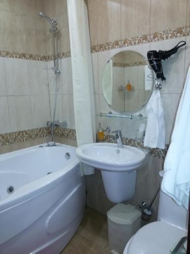 Schastie Na Rubinsteina - Apartments
