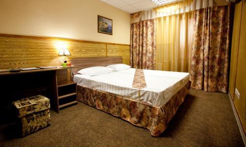 . Hotel Nataly on Srednemoskovskaya 7
