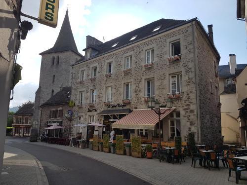 . Hotel Le Saint Georges