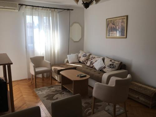 Apartments Bozovic