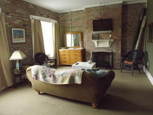 William Watson Hotel - Accommodation - Pittsfield