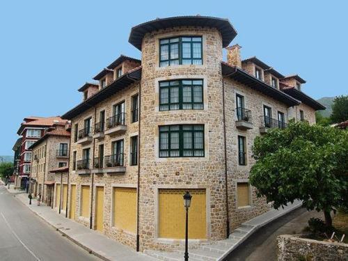 . Apartamentos Villa de Cabrales