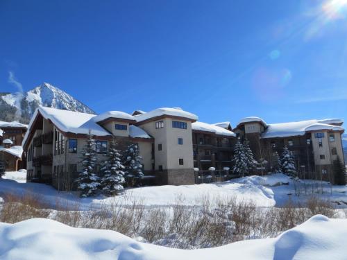 Фото отеля Black Bear Lodge