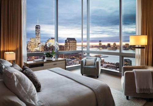 Top 10 Hotels With Rooftop Pools In Manhattan, NYC | Trip101