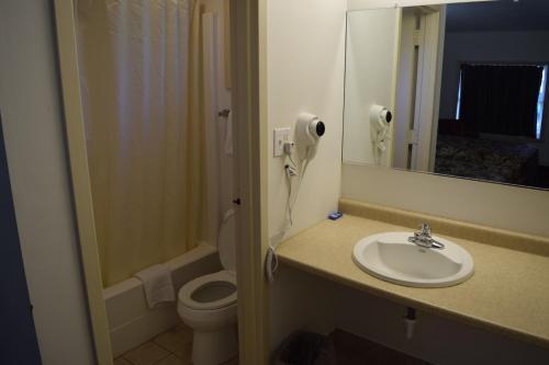 White Oaks Motel Pennsville/Carneys Point - Pennsville, NJ 08070
