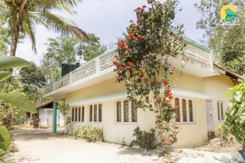 Villa with pool in Hosakote, Kodagu, by GuestHouser 62588