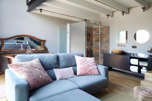 Suite Deluxe con terraza Hotel Can Casi 4