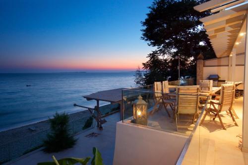 Infinity Beach House in Kefalonia