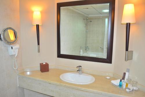 Khalidiya Hotel photo 76
