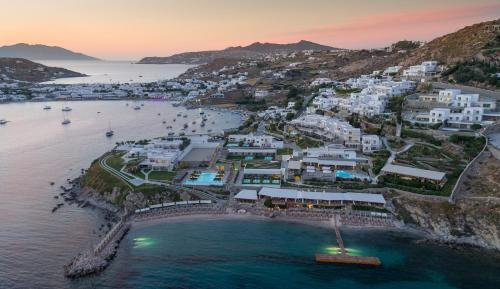Ornos Bay, Mykonos 846 00, Greece.