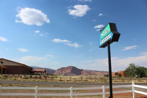 . Motel Torrey