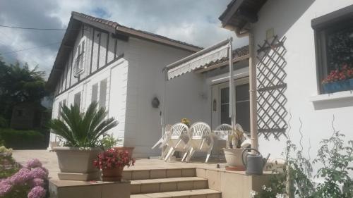 Chambres d'Hôtes Le Perdigon - Accommodation - Estang