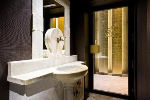 Hotel España Ramblas photo 25