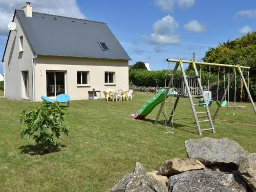 . Luxurious Holiday Home in Plouhinec near Sea