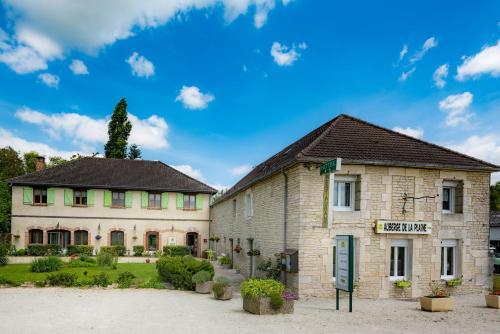 . Auberge De La Plaine
